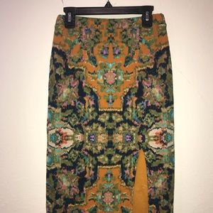 Anthropologie high waisted patterned skirt w slit